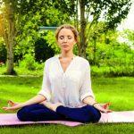瞑想ヨガでストレスを流し出す!自宅でできる腰痛にも効く3つの方法とは?