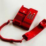 引っ越しで固定電話の解約と契約の手続きは?立会時間や電話番号を変更しないで手続きできるの?